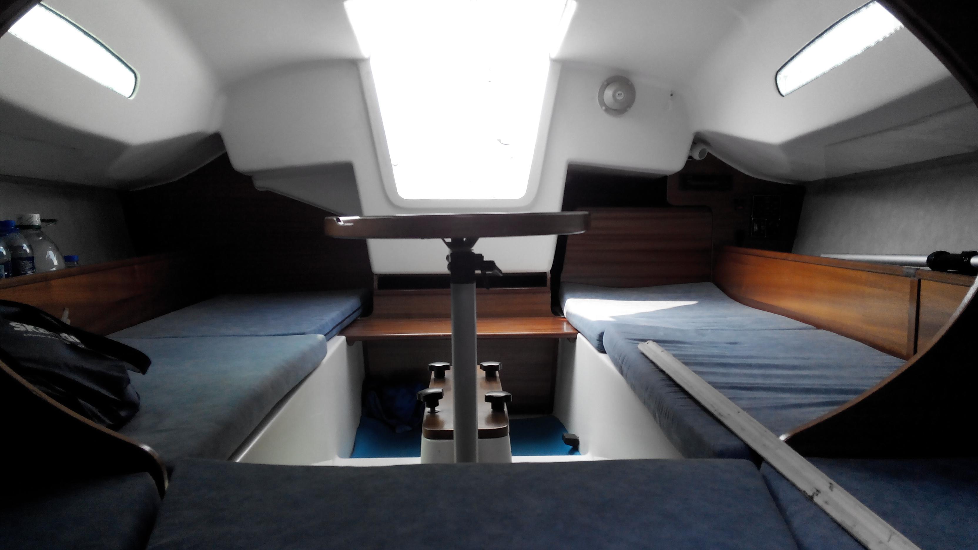 合伙,排水量,铝合金,爱好者,淡水湖 Argo680帆船 内舱