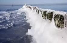 渤海湾冬季安全航行五大要领 08071b8ea03203ea99eada2dcd295e2b.jpg