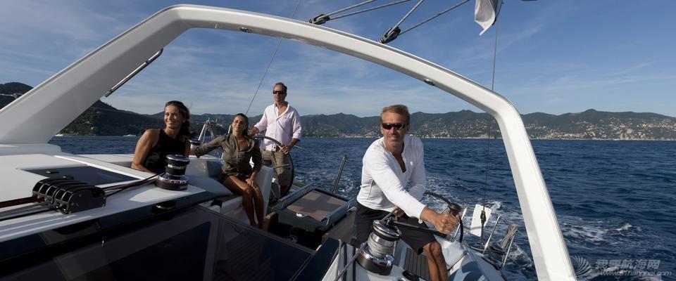 LOGO设计,海马,帆船 独爱博纳多的小海马——帆船品牌LOGO设计真的很重要 Oceanis-45-6_diaporama.jpg