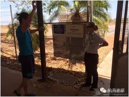 第一个飞到澳洲土著岛屿的中国飞行员 1876533abc5ea11eae99d44a64da874a.jpg