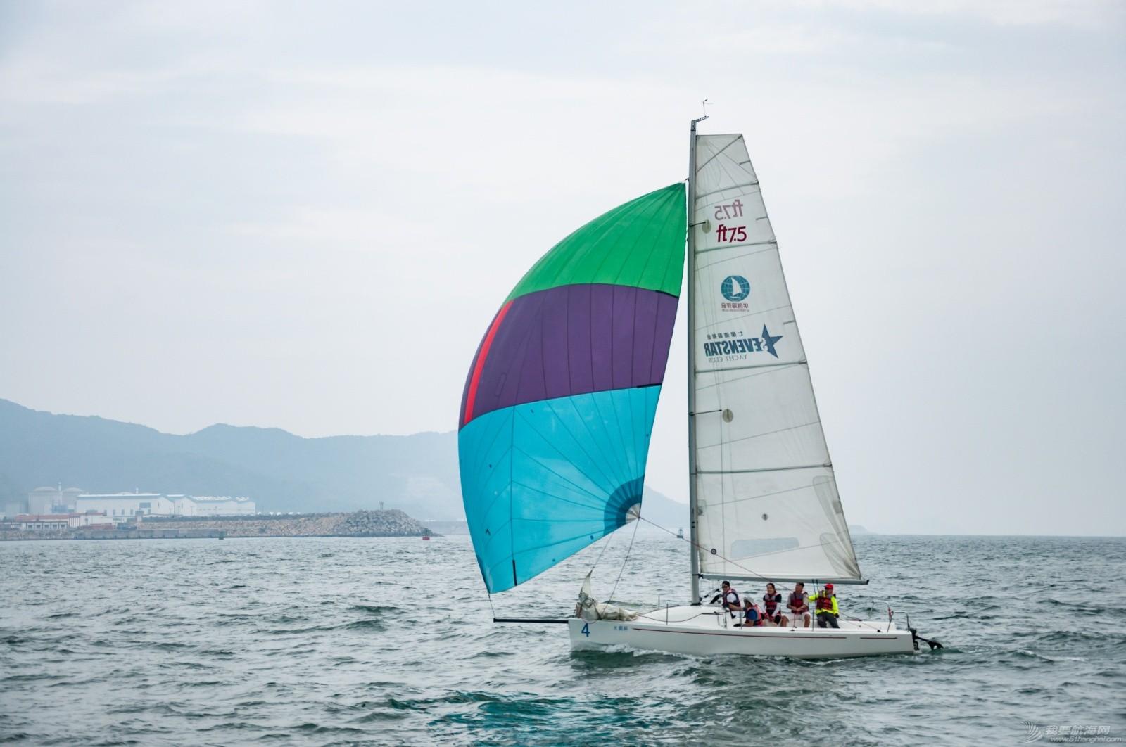 【2015大鹏杯帆船赛】51航海网船队在比赛中 s003.jpg