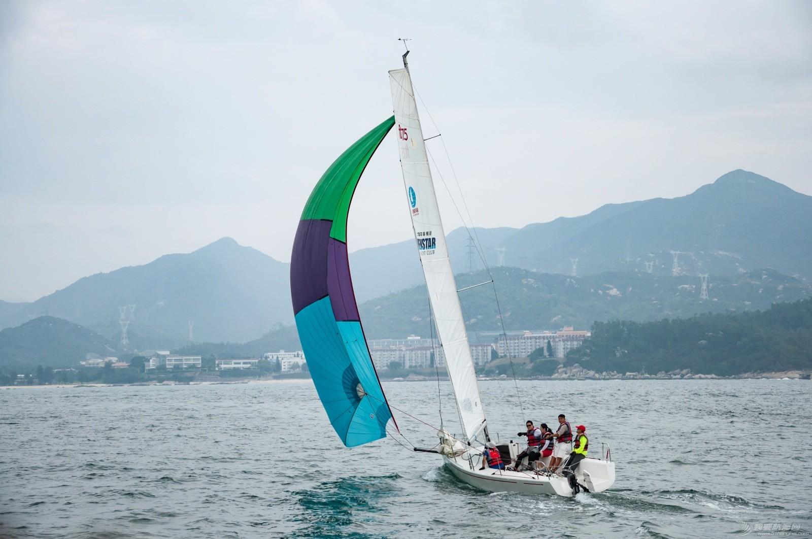 【2015大鹏杯帆船赛】51航海网船队在比赛中 s005.jpg