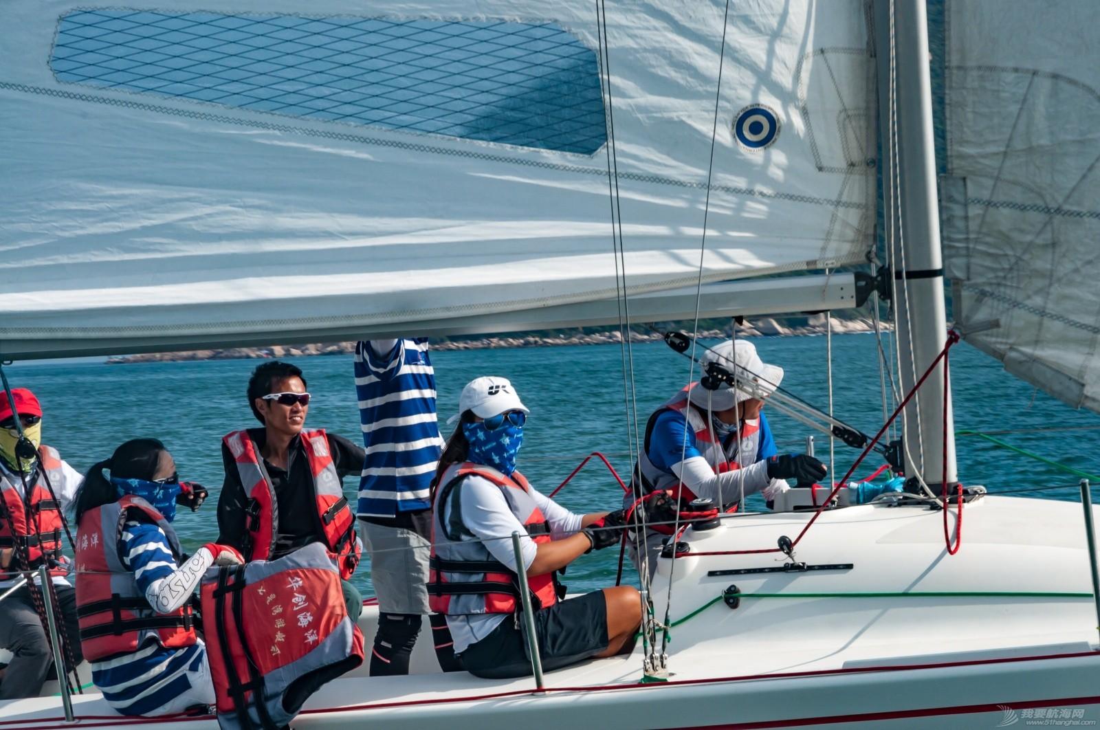 【2015大鹏杯帆船赛】51航海网船队在比赛中 s007.jpg