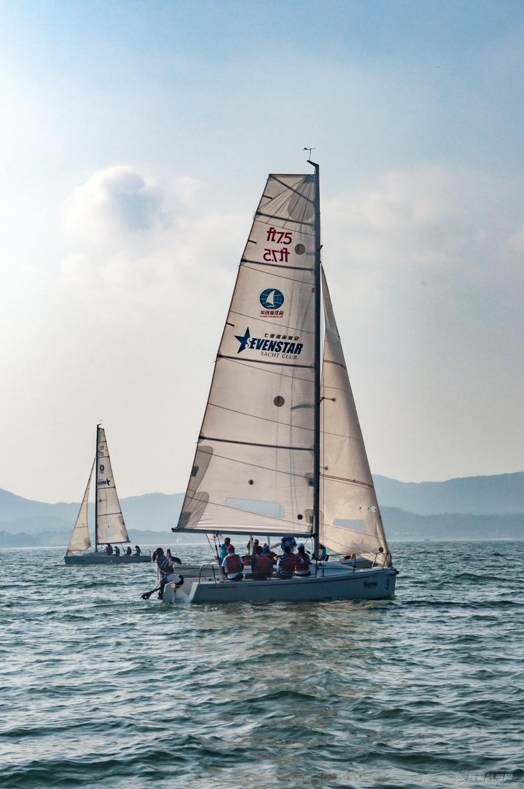 【2015大鹏杯帆船赛】51航海网船队在比赛中 s010.jpg