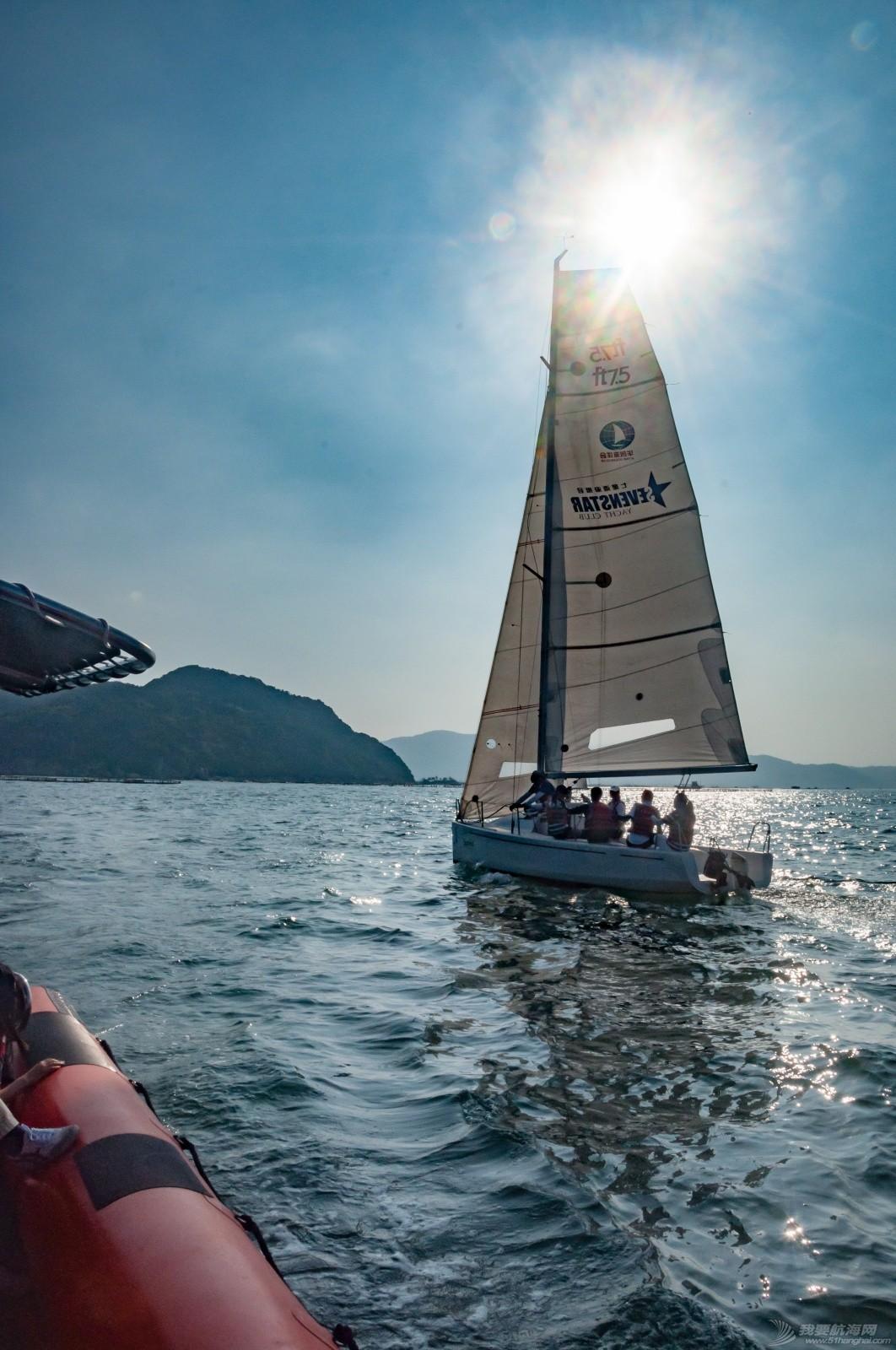 【2015大鹏杯帆船赛】51航海网船队在比赛中 s011.jpg