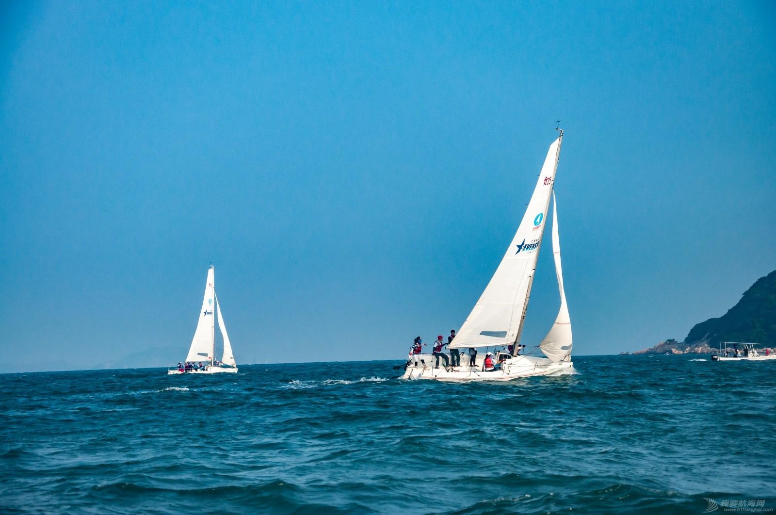 【2015大鹏杯帆船赛】51航海网船队在比赛中 s016.jpg