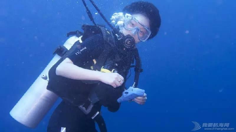 突发:一名中国女潜水员在斯米兰船宿中丧生 ee23ab85198d949636e913e3fddda427.jpg