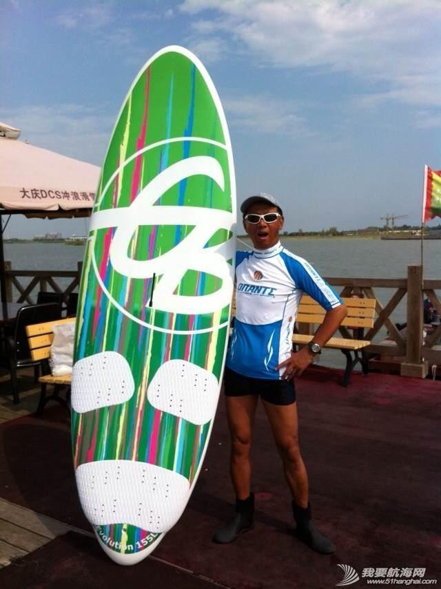 冲浪,水上运动,玩帆板,新款风帆板,帆船帆板 冲浪风帆帆板生产厂家诚邀各俱乐部、培训学校合作 102555b2ee9d9nvjdd6kz1.jpg