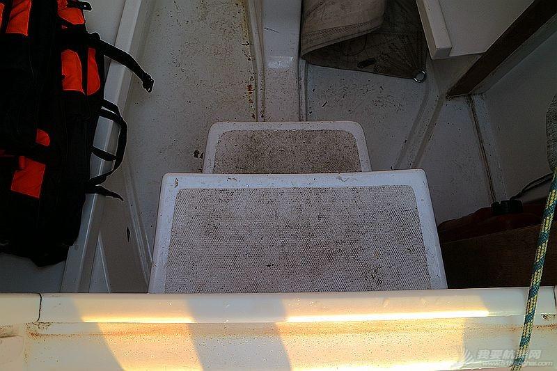 志愿者 我的志愿者生活023:冬天也要把船刷地白白地 120804.jpg
