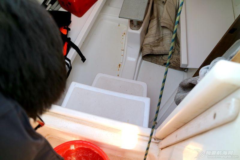 志愿者 我的志愿者生活023:冬天也要把船刷地白白地 120807.jpg