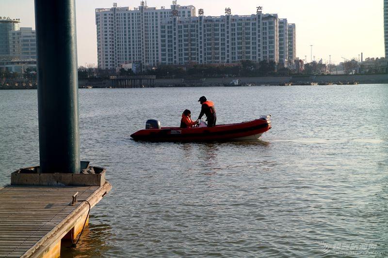 志愿者 我的志愿者生活025:第十一期学员之惊险的进出港练习 121306.jpg