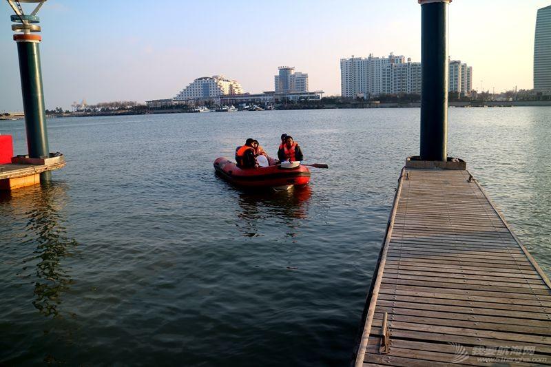 志愿者 我的志愿者生活025:第十一期学员之惊险的进出港练习 121311.jpg