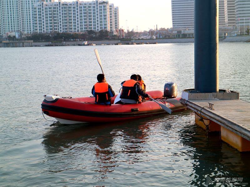 志愿者 我的志愿者生活025:第十一期学员之惊险的进出港练习 121316.jpg