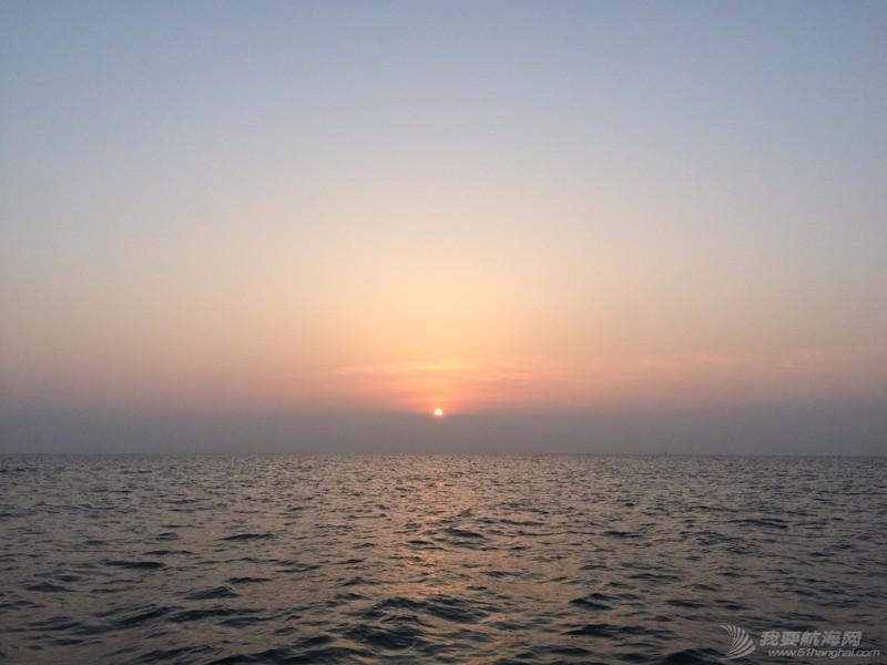 帆船,日照 越着迷,越走近,更着迷... 记第一次参加我要去航海全民公益航海帆船训练 062355t01k2wz111gnz181.jpg