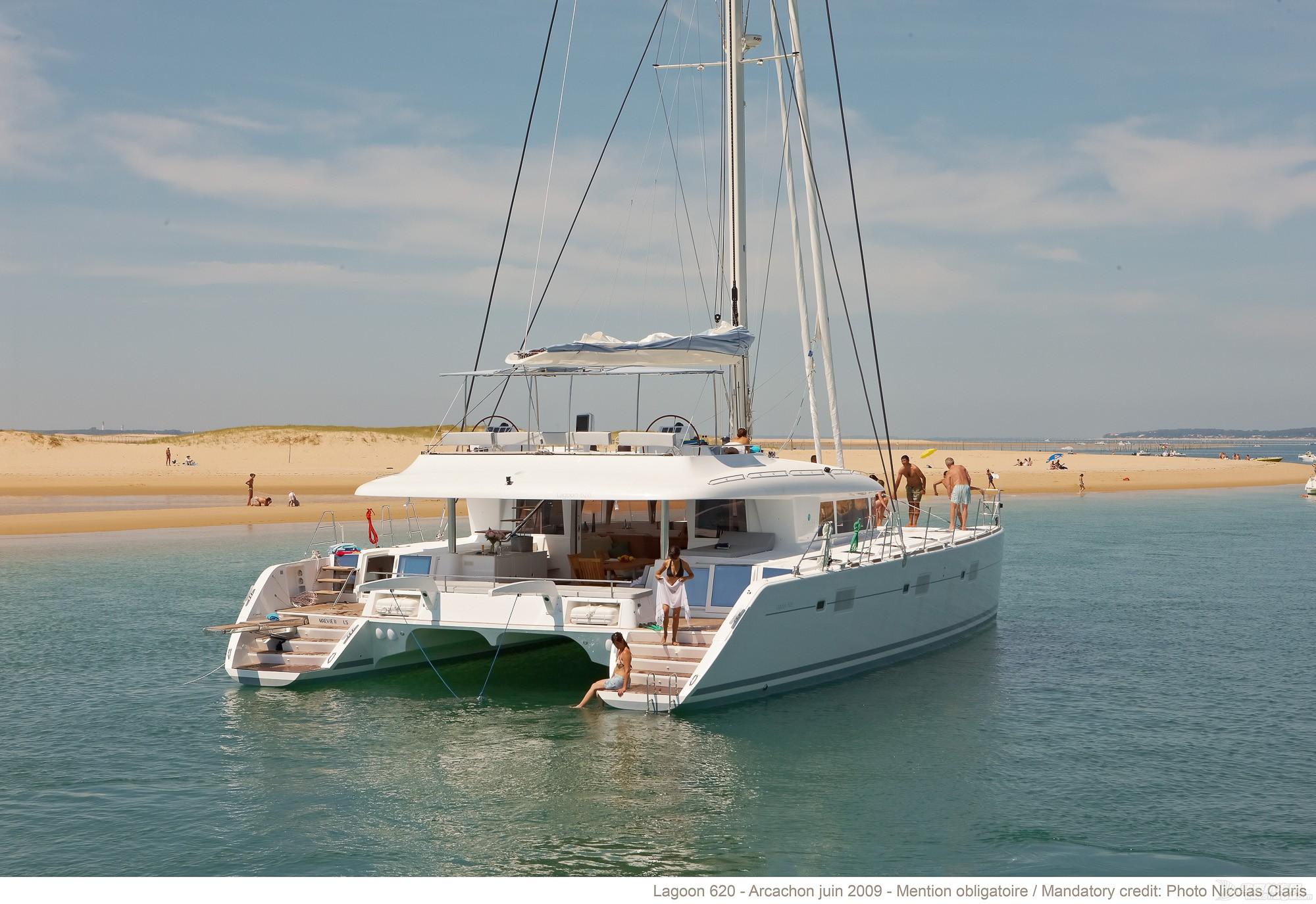 帆船 lagoon 620 蓝高620双体帆船 蓝高620双体帆船