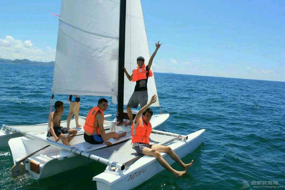 法伊-阿特斯16.1尺三体帆船 125214kecy63l3i73687xg.jpg