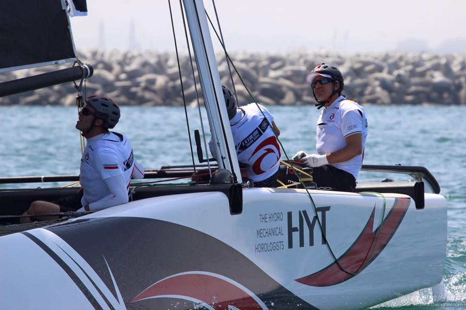 新赛季,拉尔森,Series,代表队,东道主 极限帆船赛即将在阿曼拉开帷幕! Alinghi-11.jpg