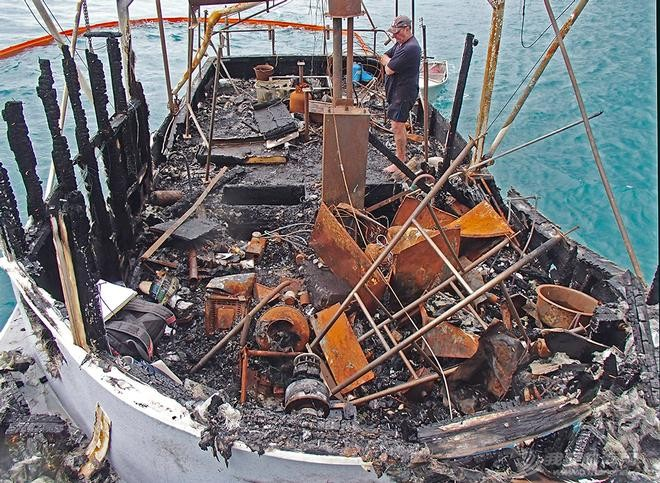 保险的重要性,帆船 保险的重要性---3分钟烧掉,3分钟就能再买一艘,任性! 鐏鹃毦-6.jpg