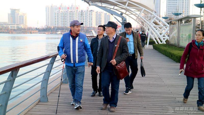 志愿者 我的志愿者生活041:王依欣先生来基地考察 16032104.jpg