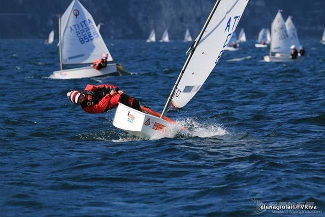 第34届加尔达小型帆船赛事已经起航 grada-1.jpg