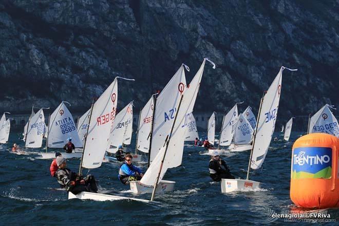 第34届加尔达小型帆船赛事已经起航 grada-3.jpg