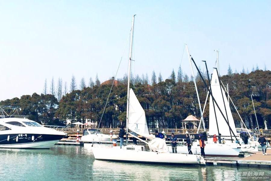户外运动,俱乐部,爱好者,初学者,淀山湖 慈善杯帆船赛体验 cfcb76b8ebf99854bb2607f0e62cb33c.jpg