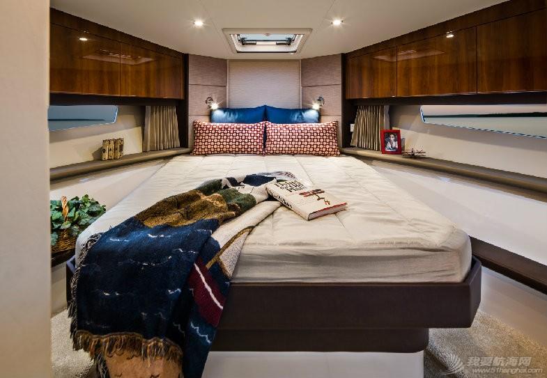 卡福40尺、36尺全新豪华游艇现船出售 2015-C34-Master-Stateroom.jpg