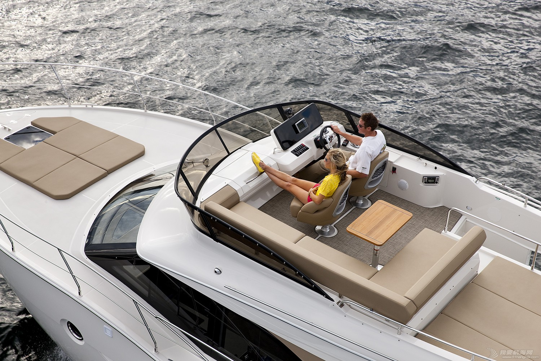 卡福40尺、36尺全新豪华游艇现船出售 Carver40_Running12.jpg