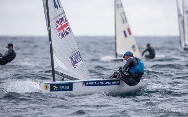 因舵配件损坏直接退赛的世界冠军贾尔斯·斯科特