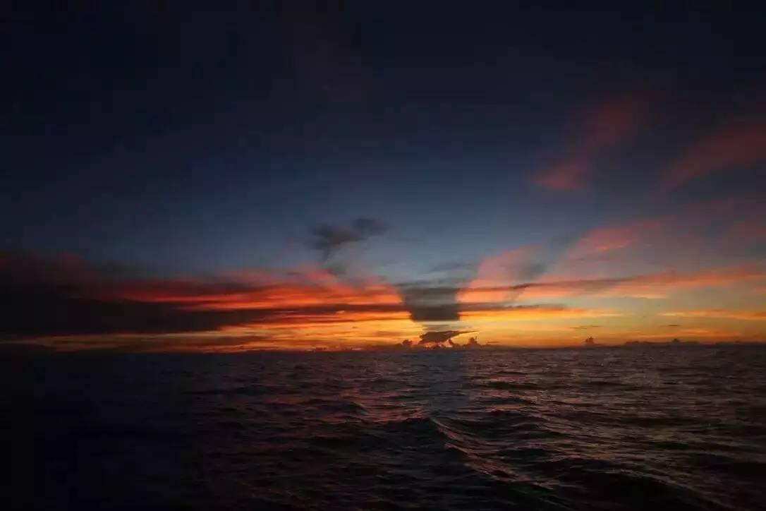 第二梦想号:帆船拖钓印度洋 ea1c1b3631233b8c0e0f2b8eeab295c5.jpg