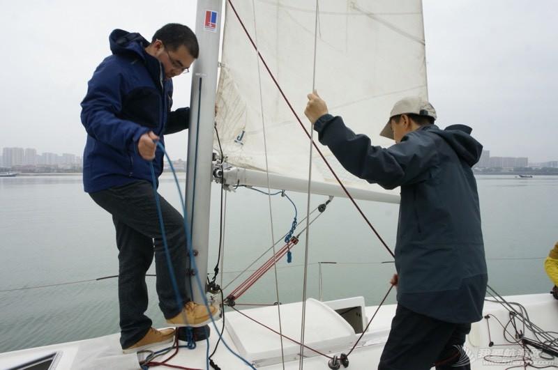 帆如人生,我们一起迎风换舷。。。 224836h5tytts80i3tz81b.jpg