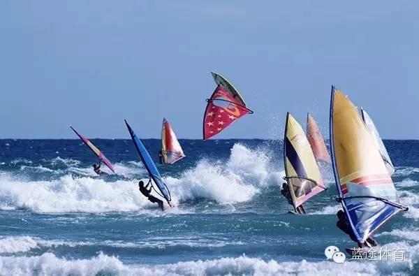 帆船运动,龙卷风,天气,帆板,资讯 浅谈帆船运动和帆板运动的几个简单的区别 b1e5a8f6a62ebf88c97767e9109704ad.jpg