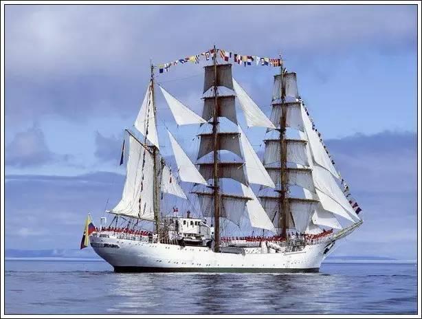 帆船美图欣赏,给你带来另一种美丽的海上世界 7b72379ac2a2d1d9893ad6e6a64713d6.jpg