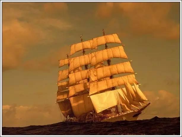 帆船美图欣赏,给你带来另一种美丽的海上世界 eb5ff291046f4030d666da649cb3a559.jpg