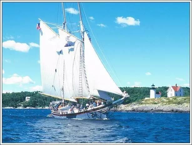 帆船美图欣赏,给你带来另一种美丽的海上世界 7fa2afc56a8433f81df90364e129944b.jpg