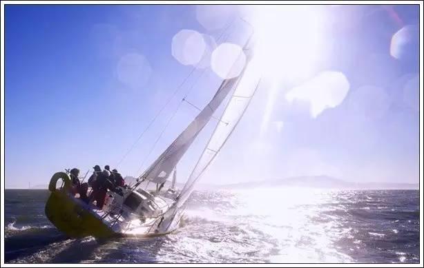帆船美图欣赏,给你带来另一种美丽的海上世界 ca86f72d102acfb6aef60aa1dd50f482.jpg