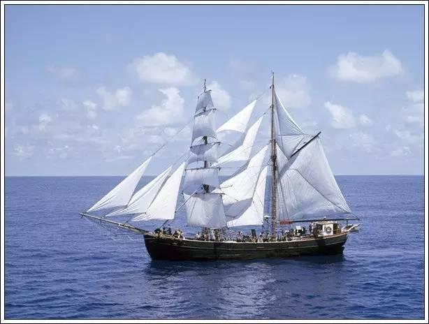 帆船美图欣赏,给你带来另一种美丽的海上世界 0cbf729615a4cbdcef8361b86b99615b.jpg