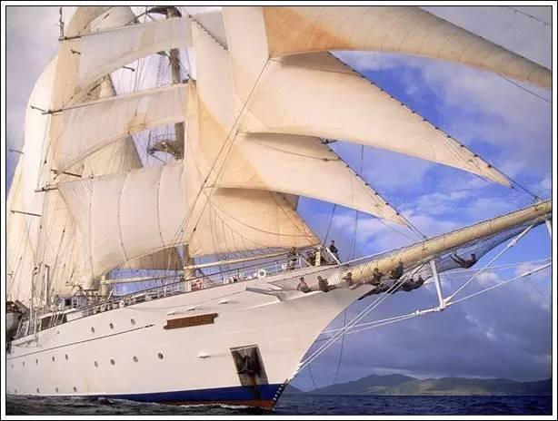 帆船美图欣赏,给你带来另一种美丽的海上世界 bbe4f1e363bd70231cc4950d5f44c5f6.jpg