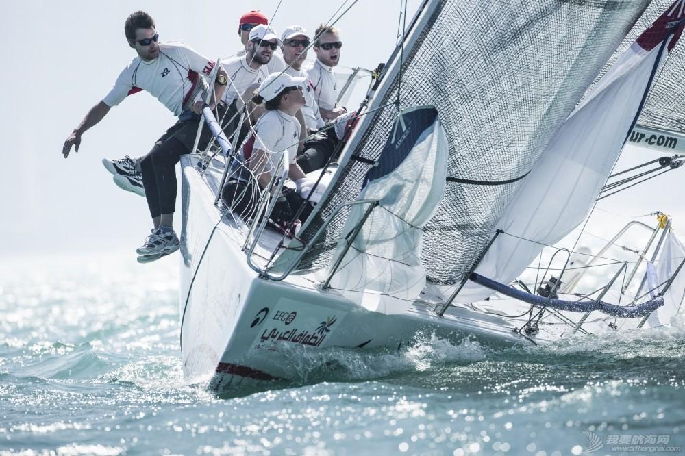 EFG阿拉伯半岛帆船赛连续六年举行  树立中东帆船赛事新典范 EFG阿拉伯半岛帆赛海上画面.jpg