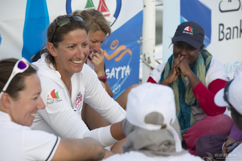 EFG阿拉伯半岛帆船赛再现女子船队  呈现中东女性不同形象 EFG闃挎媺浼崐宀涘竼鑸硅禌濂冲瓙闃熷憳.jpg