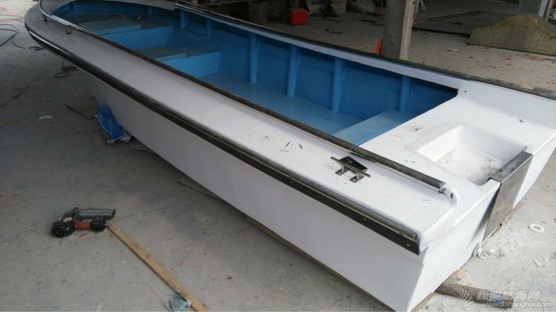 5.2米玻璃钢钓鱼艇 103949ie4aefrqkktx4vea.jpg