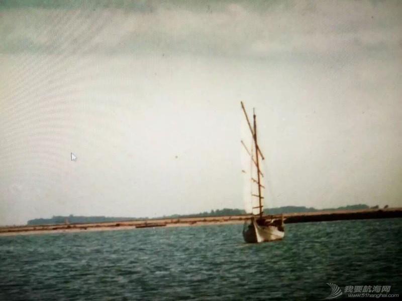 中国人玩船也挺早的。 162656j2gg1s51zsd5z2ht.jpg