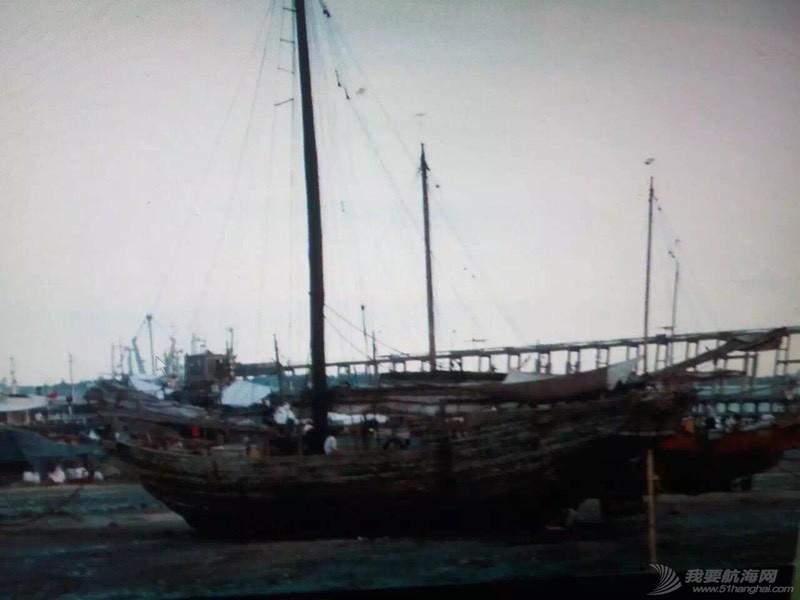 中国人玩船也挺早的。 162657z6gxgveppmxzoegl.jpg