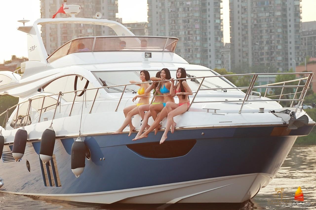 湘江杯国际帆船赛进入倒计时 帆船宝贝游艇再次上演热辣比基尼派对 3afdb2f027d2255e9f74e6e9438840de.jpg