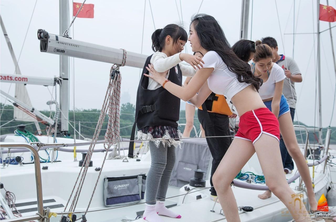 帆船体验日丨市民热情高涨体验湘江杯国际帆船赛所用帆船 527d2344ee8b5308ee9ac42315d28d51.jpg