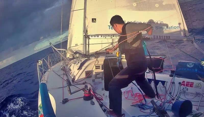 蝴蝶飞,法兰西,加勒比海,大西洋,布列塔尼 卑微的梦想者---远航是为了回家,京坤的2015单人横跨大西洋极限挑战回忆录连载 911399419201645824.jpg