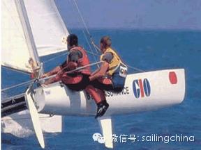 帆船与游艇的区别 9f18e5f4bc9d9a59e271245af79c135e.png