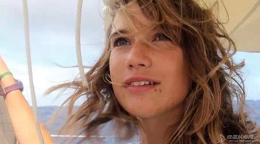 最年轻的单人环球航海者Laura Dekker-MINICAT充气式帆船代言人 64e8b051766d36281aa6ca8bd5d25ce1.jpg