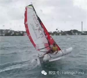 最年轻的单人环球航海者Laura Dekker-MINICAT充气式帆船代言人 fac465f44f0b9ed263e6e162cc1b95b8.jpg