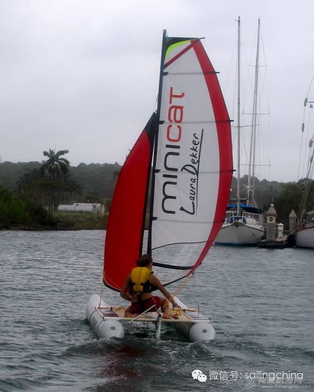 最年轻的单人环球航海者Laura Dekker-MINICAT充气式帆船代言人 4b88edfd5f44c3241f5e440a05c48c9c.jpg